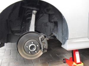 ■タイヤハウス■ タイヤハウス内の防音対策のやり直し(マークX) [写真1]