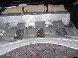 ■フロア■ トランクのデッドニング(防音対策)1日目 その1(マークX) [写真5]