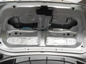 ■天井■ トランクルーム天井部分の防音対策(デッドニング)(マークX) [写真1]