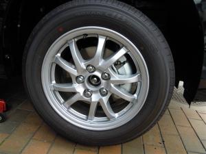 ■タイヤハウス■ タイヤハウスのロードノイズ対策:右フロント編 その2 (プリウスα) [写真7]