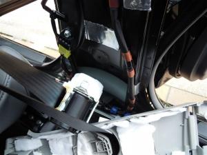■ピラー■ Bピラー防音対策 運転席側 その2(プリウスα) [写真2]