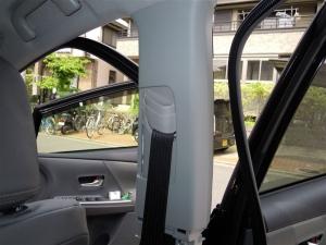 ■ピラー■ Bピラー防音対策 運転席側 その3(プリウスα) [写真6]