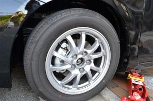 ■タイヤハウス■ タイヤハウスのロードノイズ対策:左フロント編 その2(プリウスα) [写真8]
