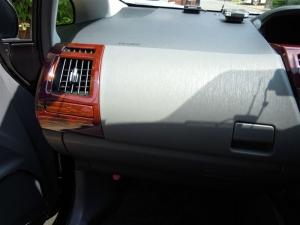■その他■ 助手席側グローブボックス(ダッシュボード、インパネ)の防音対策(プリウスα) [写真6]