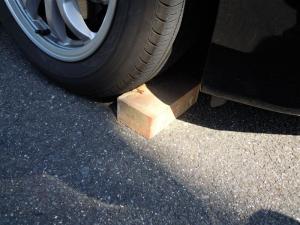 ■タイヤハウス■ 運転席側、後輪タイヤハウスの防音対策(プリウスα) [写真2]