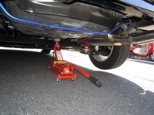 ■タイヤハウス■ 運転席側、後輪タイヤハウスの防音対策(プリウスα) [写真3]