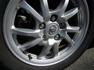 ■タイヤハウス■ 運転席側、後輪タイヤハウスの防音対策(プリウスα) [写真4]