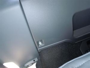■ピラー■ 運転席側Cピラー(タイヤハウス周辺)の防音対策 その1(プリウスα) [写真2]