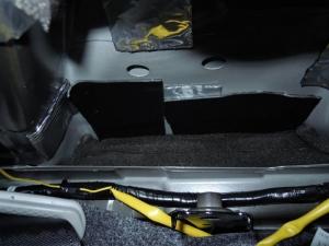 ■ピラー■ 運転席側Bピラーの防音対策(デッドニング) その2[軽自動車:ワゴンR] [写真2]