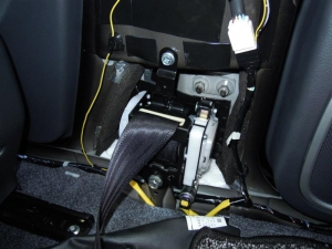 ■ピラー■ 運転席側Bピラーの防音対策(デッドニング) その3[軽自動車:ワゴンR] [写真5]
