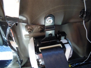 ■ピラー■ 助手席側Bピラーの防音対策(デッドニング) その1[軽自動車:ワゴンR] [写真7]