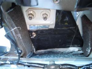 ■ピラー■ 助手席側Bピラーの防音対策(デッドニング) その3[軽自動車:ワゴンR] [写真3]