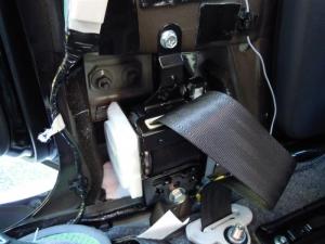■ピラー■ 助手席側Bピラーの防音対策(デッドニング) その3[軽自動車:ワゴンR] [写真5]
