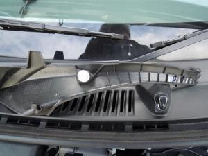 ■エンジンルーム■ エンジンルーム側バルクヘッド上部の防音対策(デッドニング) その1[軽自動車:ワゴンR] [写真2]
