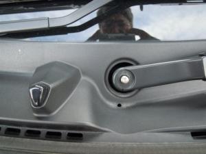 ■エンジンルーム■ エンジンルーム側バルクヘッド上部の防音対策(デッドニング) その1[軽自動車:ワゴンR] [写真5]