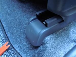 ■フロア■ フロアの防音対策・デッドニング 2列目 その1 [軽自動車:ワゴンR] [写真4]