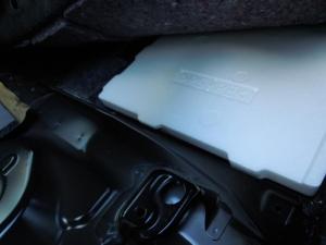 ■フロア■ フロアの防音対策・デッドニング 2列目 その2 [軽自動車:ワゴンR] [写真6]